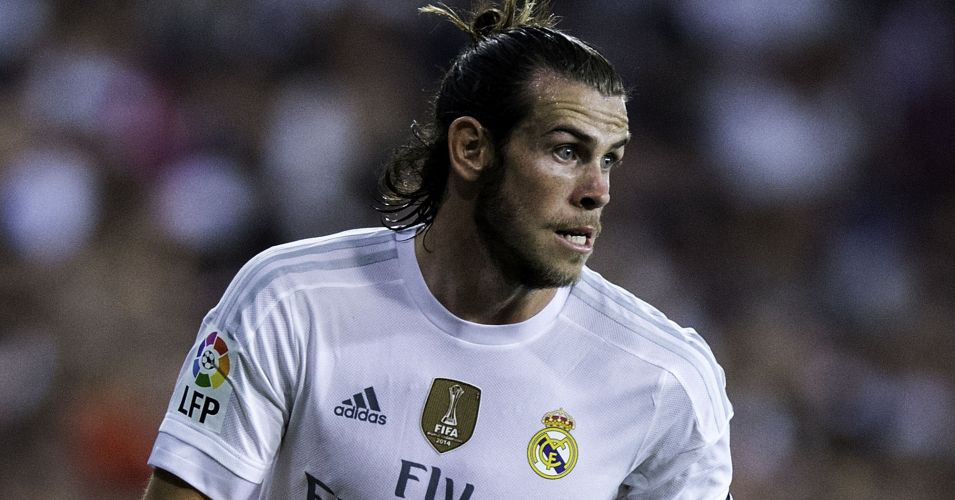 Gareth Bale: United move talk played down