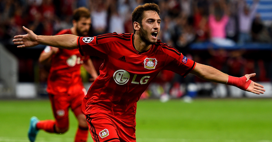 Hakan Calhanoglu: Bayer Leverkusen star linked with move to Manchester United