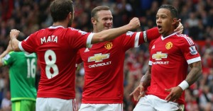 Memphis Depay celebrates Manchester United v Sunderland TEAMtalk