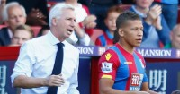 Dwight Gayle: Pardew cools reports he could be sold