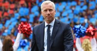 Alan Pardew: Eager to beat Stoke