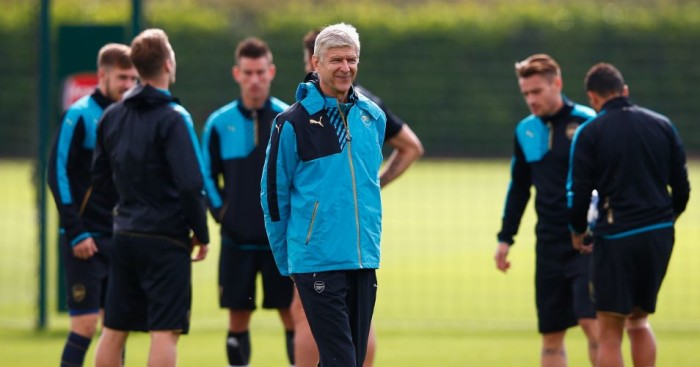 Arsene Wenger: Arsenal manager criticised by Harry Redknapp