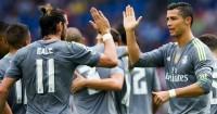 Gareth Bale (l) and Cristiano Ronaldo: Both United targets