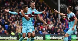 Manuel Lanzini: Celebrates his crucial strike for West Ham