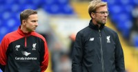 Pepijn Lijnders (l): Liverpool development coach