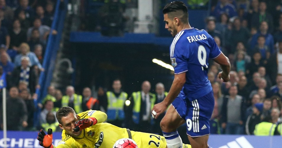 Radamel Falcao: Chelsea boss felt he should have had a penalty