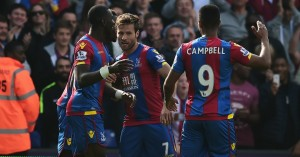 Yohan Cabaye (c): Celebrates his penalty