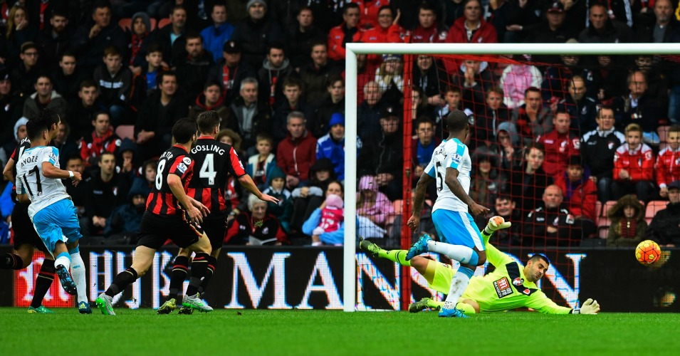 Ayoze Perez scores Bournemouth v Newcastle TEAMtalk