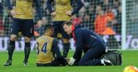Francis Coquelin: Midfielder injured knee ligaments
