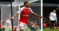 Kieran Gibbs: Arsenal won't loan defender to Crystal Palace
