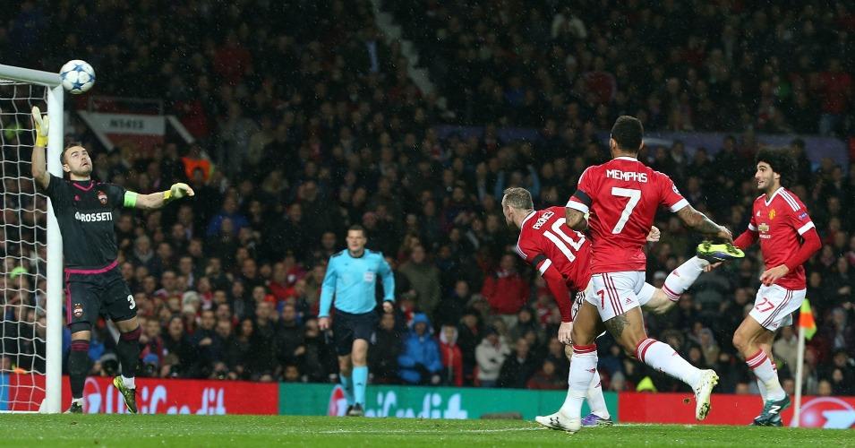 Wayne Rooney: Heads the winner