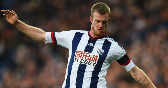 Chris Brunt: Signs new deal