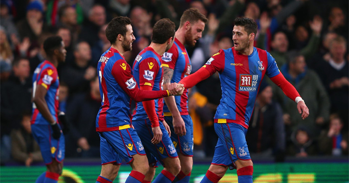 Palace: Celebrate as Cabaye sees off Saints