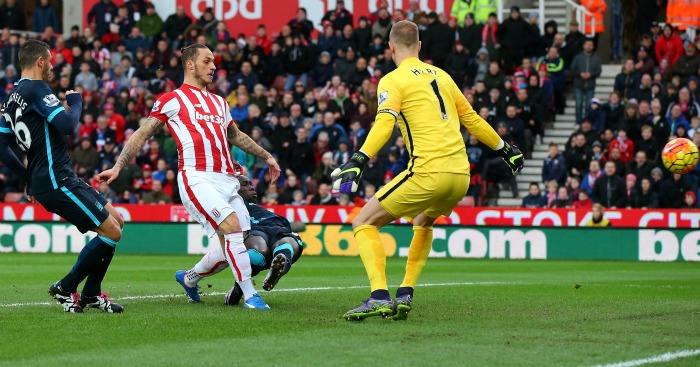 Marko Arnautovic scores Stoke v Manchester City
