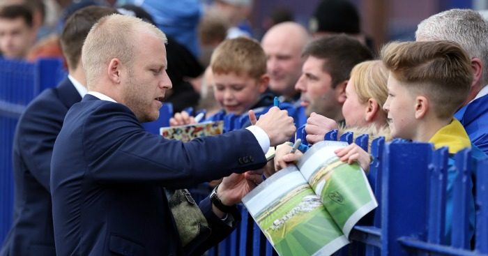 Steven Naismith: Roberto Martinez will consider forward's Everton future