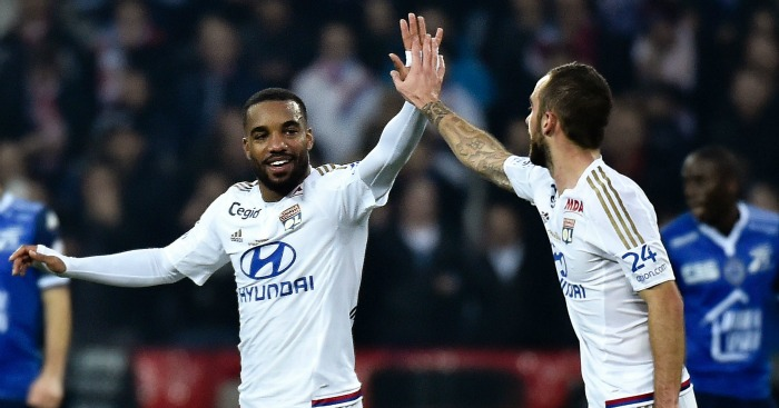 Alexandre Lacazette: Fancies summer switch to England