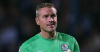 Paul Robinson: Signed new deal