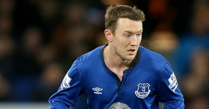 Aiden McGeady: Makes loan move to Hillsborough