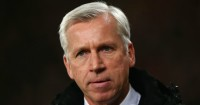 Alan Pardew: Manager has complained to referee's chief