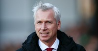 Alan Pardew: Manager concerned by ticket price row