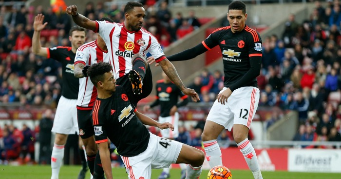 Jermain Defoe: Takes on the Man United defence