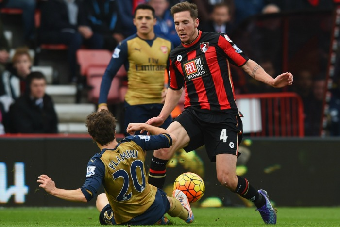Mathieu Flamini: Fortunate to avoid red, says Howe