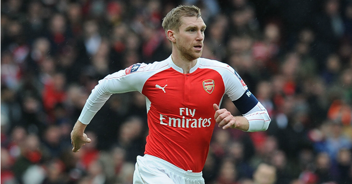Per Mertesacker: Refusing to give up on title hopes