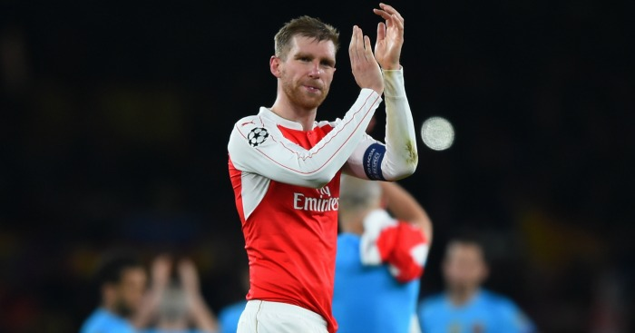 Per Mertesacker: Arsenal skipper keen to move on
