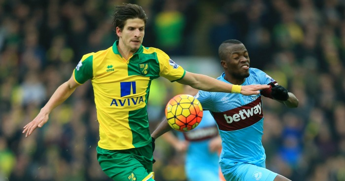 Timm Klose: Battles with Enner Valencia