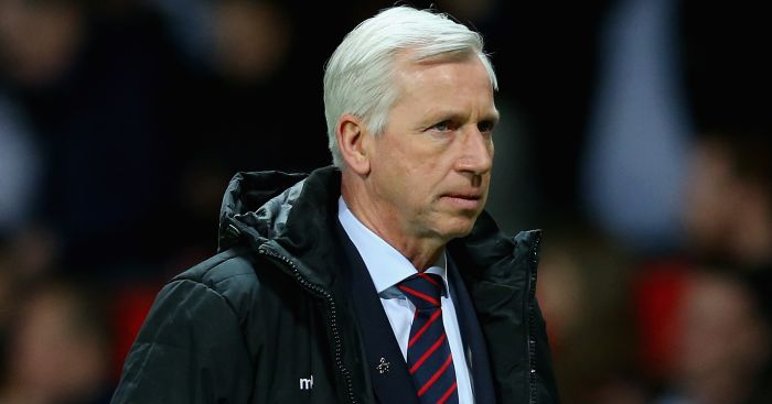 Alan Pardew: Taking no chances over new contract