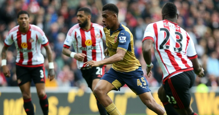 Alex Iwobi: Takes on the Sunderland defence