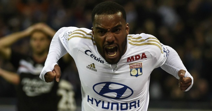 Alexandre Lacazette: Closing on Tottenham transfer, say papers