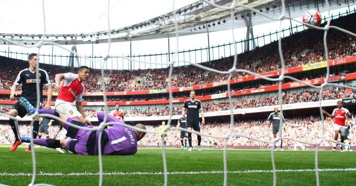 Alexis Sanchez scores Arsenal v Watford