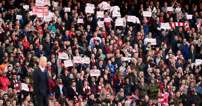 Arsenal fans: Only a minority held up 'Time for change' posters