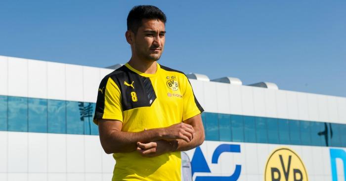 Ilkay Gundogan: Manchester City lodge bid for Borussia Dortmund midfielder