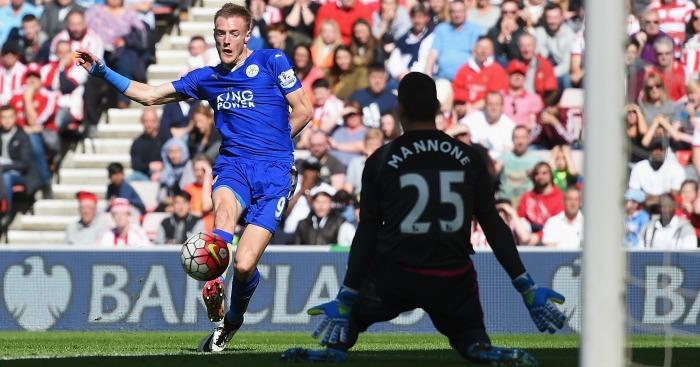 Jamie Vardy scores Sunderland v Leicester