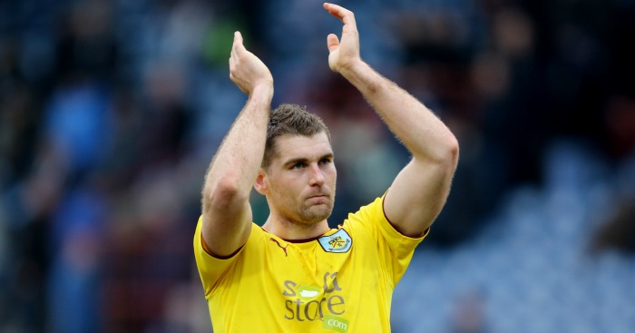 "Burnley's Sam Vokes applauds the fans after the Sky Bet Championship match at the John Smith's Stadium, Huddersfield. PRESS ASSOCIATION Photo. Picture date: Saturday March 12, 2016. See PA story SOCCER Huddersfield. Photo credit should read: Richard Sellers/PA Wire. RESTRICTIONS: EDITORIAL USE ONLY No use with unauthorised audio, video, data, fixture lists, club/league logos or ""live"" services. Online in-match use limited to 75 images, no video emulation. No use in betting, games or single club/league/player publications."