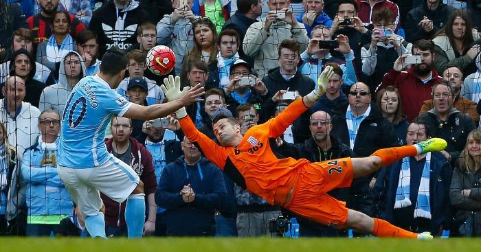 Sergio Aguero scores Manchester City v Stoke