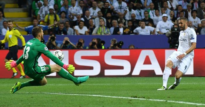 Karim Benzema Real Madrid v Atletico