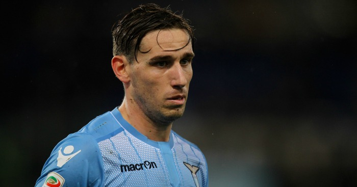 Lucas Biglia: Chelsea in pole position