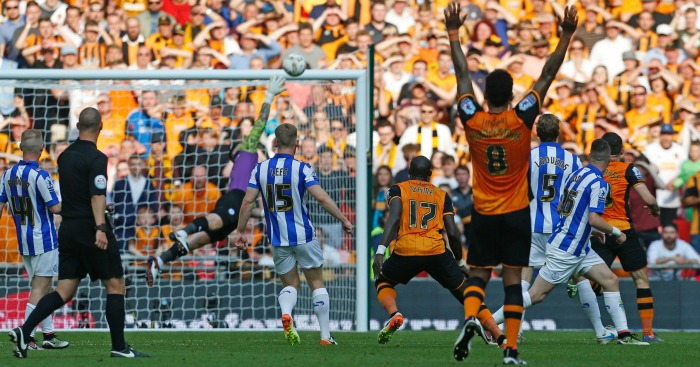 Mohamed Diame scores Hull v Sheffield Wednesday