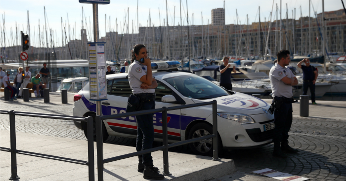 Marseille: Trouble flared