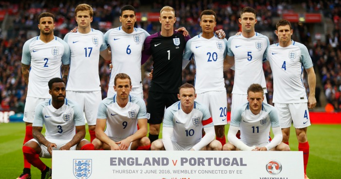 England: Hodgson to change his team