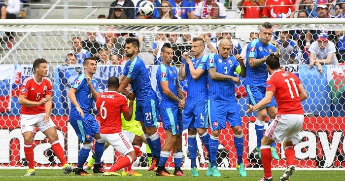 Gareth Bale scores Wales v Slovakia
