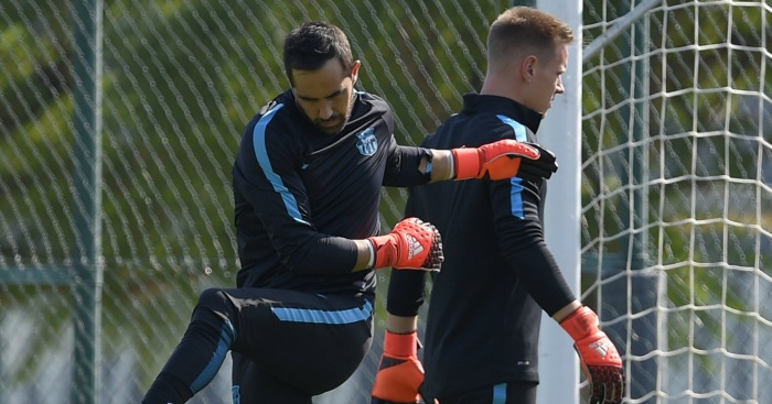 Claudio Bravo (l) & Marc-Andre ter Stegen (r): City links