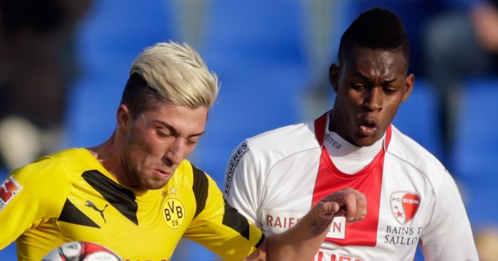 Edimilson Fernandes: In action for FC Sion