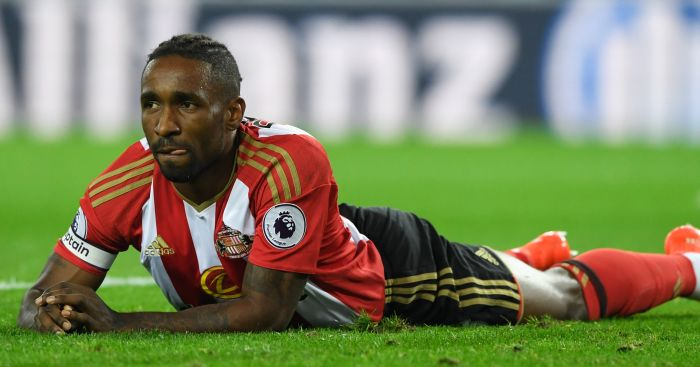 Jermain Defoe: Misses good chance for Sunderland