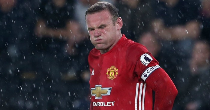 Wayne Rooney: Defended by Carragher