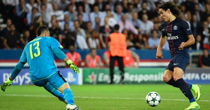 Edinson Cavani: Defended by PSG coach