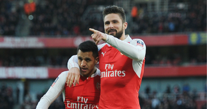 Olivier Giroud: Set to extend stay